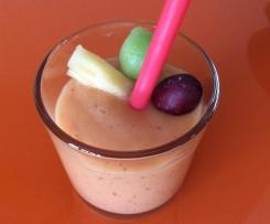 Auch für Anfänger/innen Smoothie Mango Banane Pink Grapefruit und gefrorene Früchte