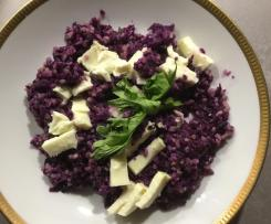 Rotkohlsalat mit Bulgur und Mozzarella