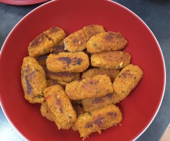 Variation Cig Köfte vegan  wurst / wurstlinge aus couscous vegetarisch, türkisch, snack
