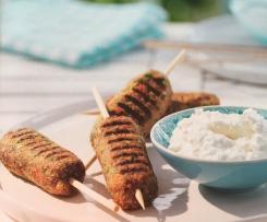 Cevapcici aus Lammfleisch mit Feta Dip