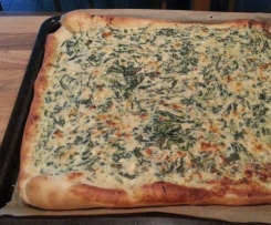 Spinatkuchen , Spinat Pizza