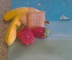 Erdbeere-banane-keks Brei