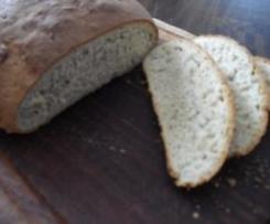 Kräuter-Nuss-Brot