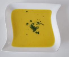 Gelbe Paprika Suppe (All in One) die auch Kinder mögen