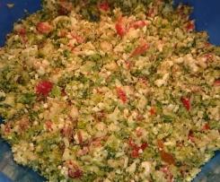 Griechischer Broccolisalat