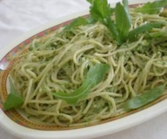 Spaghetti al pesto di zucchine e rucola