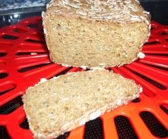 Dinkel Buchweizen Brot mit Möhren