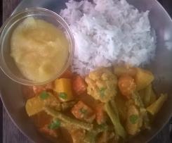 Gemüse-Korma mit Reis, indisches cremiges Gemüsecurry