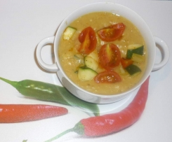 Variation von Rote-Linsen-Kokos-Suppe