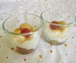 Amarettini-Himbeer-Dessert
