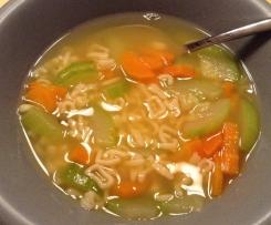 Klare Gemüsesuppe - ideal für Kinder