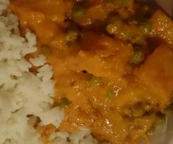 Linsen, Erbsen und Kartoffel Curry