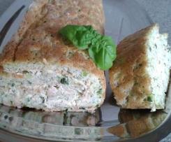 Zucchini-Rolle mit Tomaten oder Lachs gefüllt