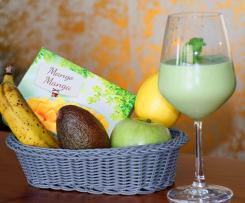 Avocado-Bananen-Mango-Smoothie mit Spinat