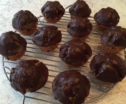 Muffins mit Heidelbeerfüllung & Schokoladenguss
