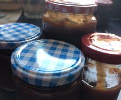 Pflaumen Aprikosen Marmelade mit Rum