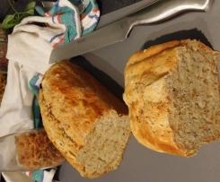 Dinkel Zwiebel Brot mit Chia