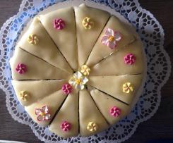 Mohnkuchen mit Marzipandecke