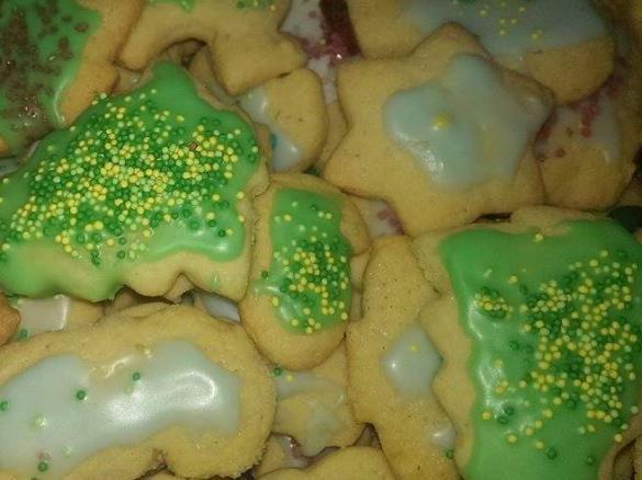 Weihnachtsplätzchen Teig Zum Ausstechen.Ausstecherle Kekse Zum Ausstechen Weihnachtsplätzchen