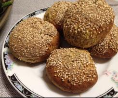 Chia-Floh-Eiweiß-Brötchen
