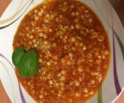 Tomatensuppe mit Fleischklößchen