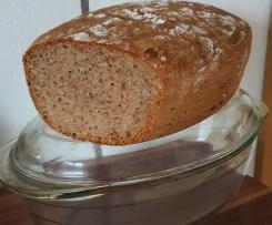 Vollkorn-Dinkel Brot mit Sonnenblumenkerne und Fertigsauerteig