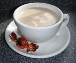 Heiße (cremige) Schokolade - schmeckt auch kalt super