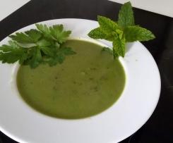 Erbsen-Minz-Suppe (lecker, leicht und fettarm)