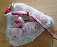 Marzipan mit Erdbeerenzucker