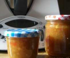Paprika-Orangen-Apfel-Relish zum Dippen und Grillen