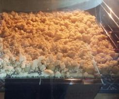 Mohn-Stachelbeer-Blechkuchen