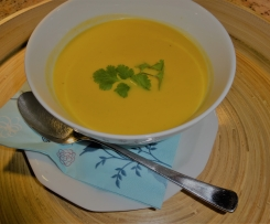 Anikas Kürbis Curry Suppe