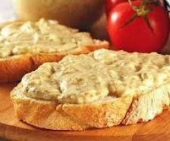 Auberginepaste (salata de vinete)