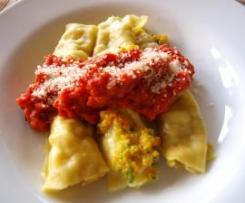 Cannelloni mit Schinken-Gemüse-Füllung