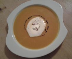 Kürbissuppe, die schokoladige
