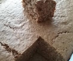 Zucchini-Nuss-Blechkuchen sehr fluffig (ohne Schokolade)