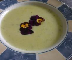 Blumenkohl Brokkolicremesuppe