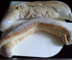2 Sauerteig-Baguettes