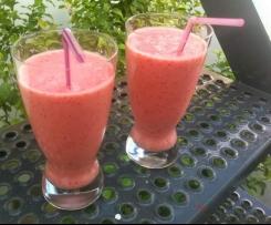 Erdbeerlassi