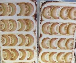 Vanillekipferl, gebacken in einer Kipferlform