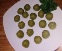 Käseklößchen als Suppeneinlage