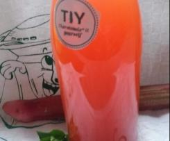 Rhabarber-Erdbeer-Limonade