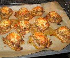 Überbackene Brötchen mit Hackfleisch und Paprika