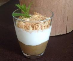 Rhabarber-Quark-Dessert mit Amarettini