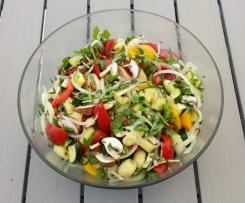 Italienischer Gemüse Gnocchi Salat