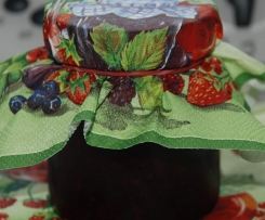 Erdbeer-Himbeer-Brombeer-Marmelade
