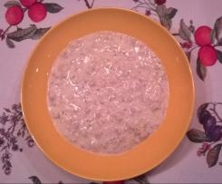 Schnelle Lauch-Käsesuppe mit Hackfleisch