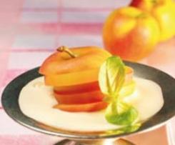 Äpfel an Cidre-Zabaglione