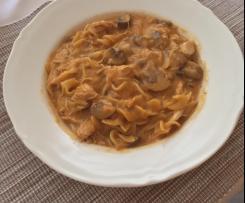 Champignon-Hähnchen mit Nudeln