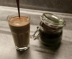 Variation von Marzipan-Trinkschokolade